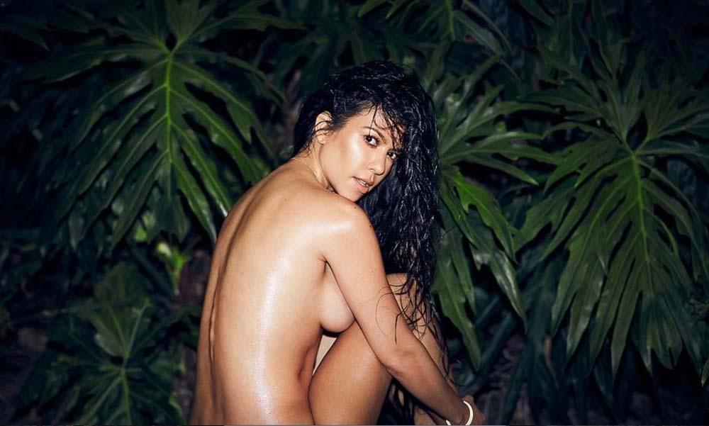 Kourtney Kardashian montre (encore) ses fesses pour afficher son bonheur